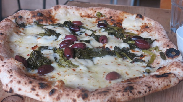 Review Rudys Pizza Peter Street Reviews Taste Of