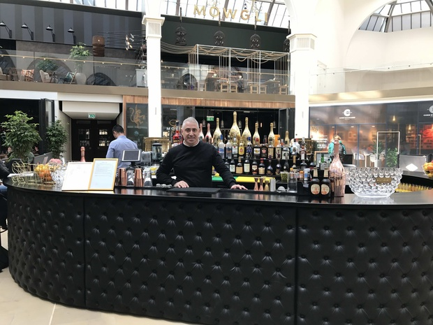 Salvi's opens prosecco and champagne bar inside Corn Exchange atrium
