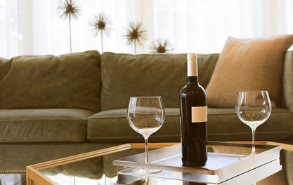 Enjoy the luxury of a wine tasting experience from home with Club Vino
