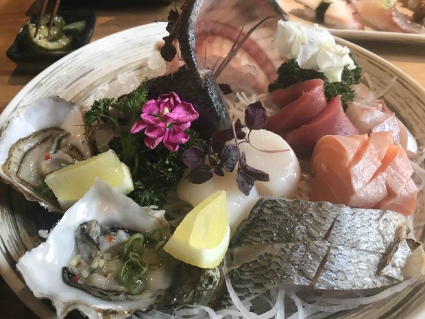 Review: Umezushi, Mirabel Street